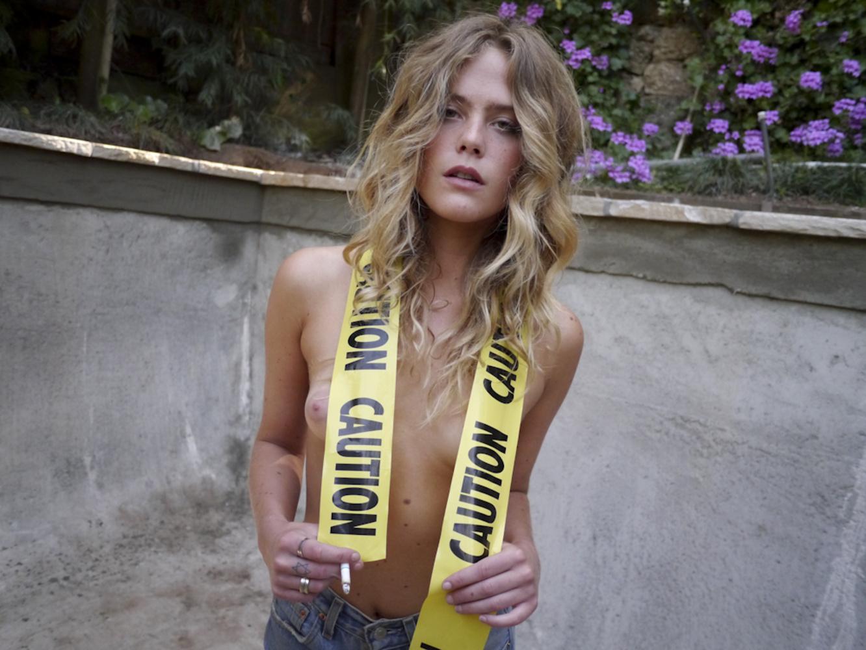 Chelsea Schuchman Nude Photos 28